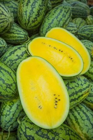 เมล็ดแตงโมเหลือง (50s)