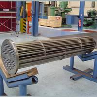 METALLIC SHELL AND TUBE HEAT EXCHANGER