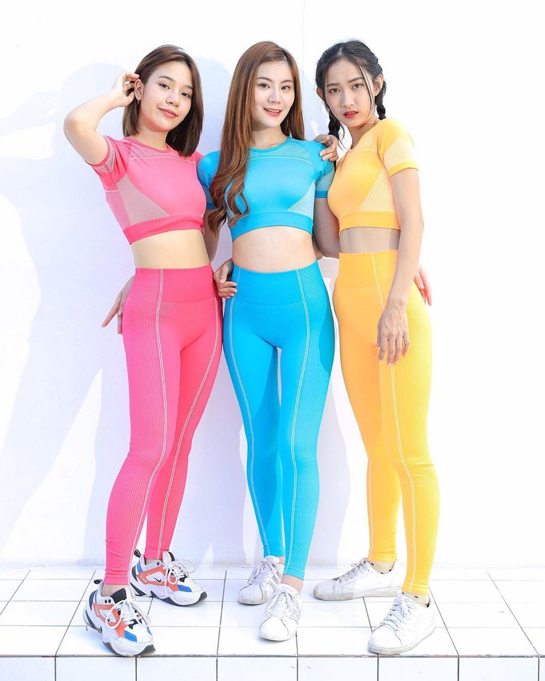 Three Funng Colors Leggings
