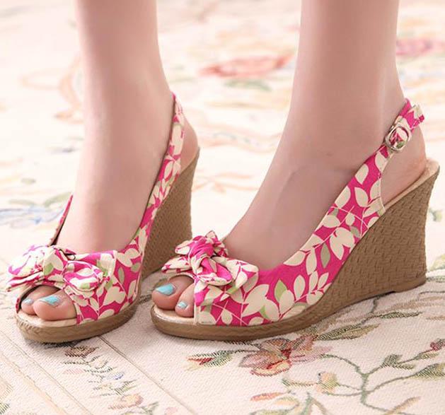 [[พร้อมส่ง 36 37 38]] [Pm-047] Pangmama++รองเท้า++รองเท้าสีชมพูส้นตึก ผ้าลายดอกไม้