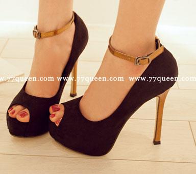 [[*พร้อมส่ง37]] [Qu-012] Queen++รองเท้า++รองเท้าส้นสูงสีดำ พร้อมสายรัดข้อ