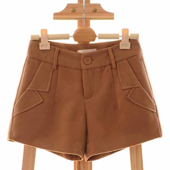 [[*พร้อมส่งS ]] [Qi-153] Qian Qian++กางเกง++กางเกงขาสั้นสีครีม มีซับให้อย่างดี