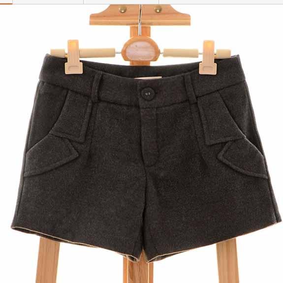 [[*พร้อมส่ง S]] [Qi-153-1] Qian Qian++กางเกง++กางเกงขาสั้นสีเทา มีซับให้อย่างดี