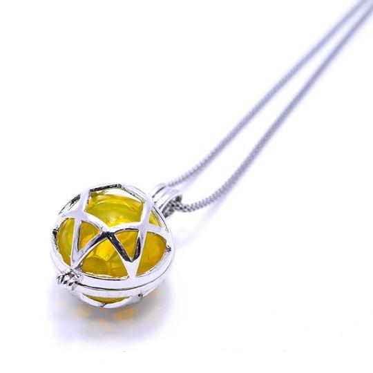 Crystal Witch Magic Perfume เพนทาเคิล สีเหลือง
