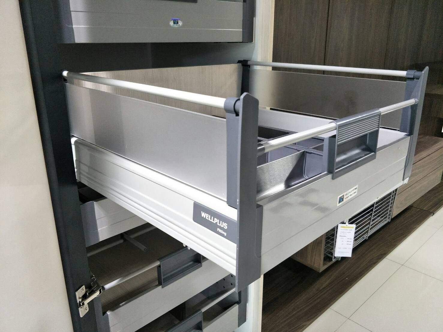 Inner Tandem Box with Acrylic Side Panels