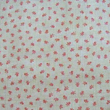 ผ้า cotton ญี่ปุ่น ลายเล็ก ๆ พื้นเบจ ขนาด 1/8 เมตร (25*55 ซม.)