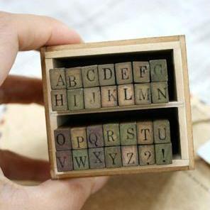 stamp อักษรตัวพิมพ์ใหญ่ ขนาด 5 x 7 x 8 cm.