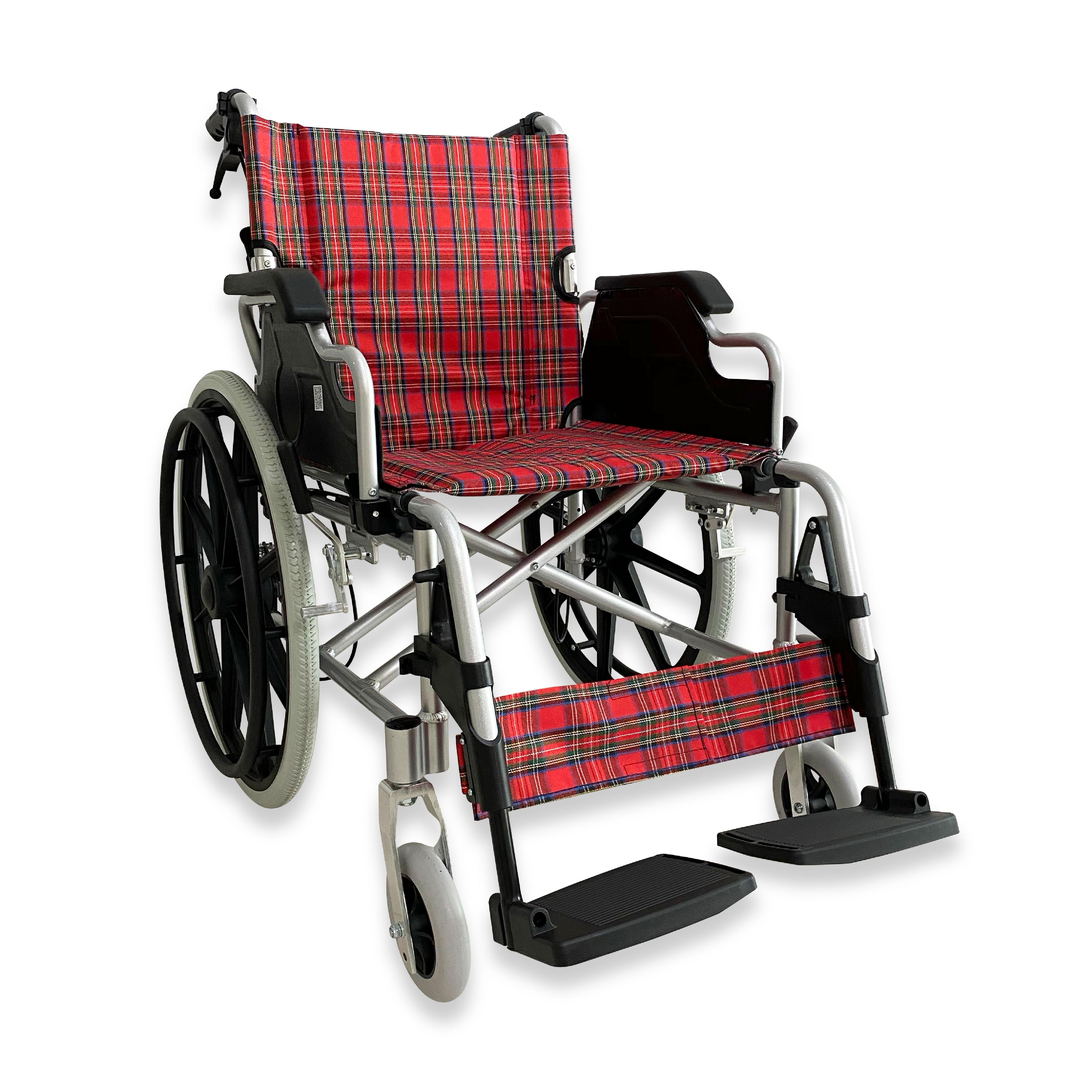 รถเข็นผู้ป่วย วีลแชร์ (Wheelchair) อลูมิเนียมอัลลอยด์ ล้อแม็กยางตัน