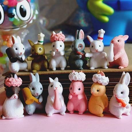 โมเดลกระต่ายจิ๋วชุด 12 ตัว