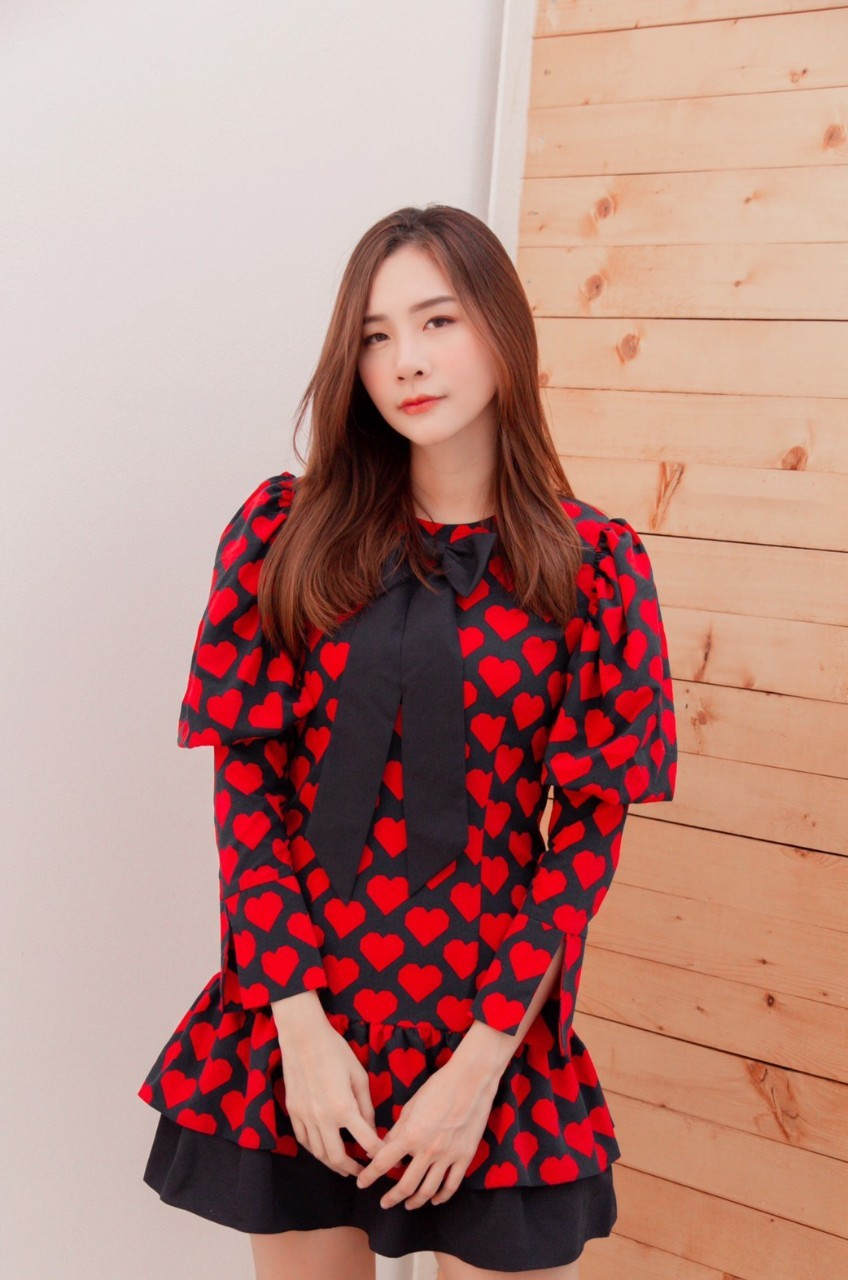 KYS053 Hearty Puff Sleeve with Ruffle Dress