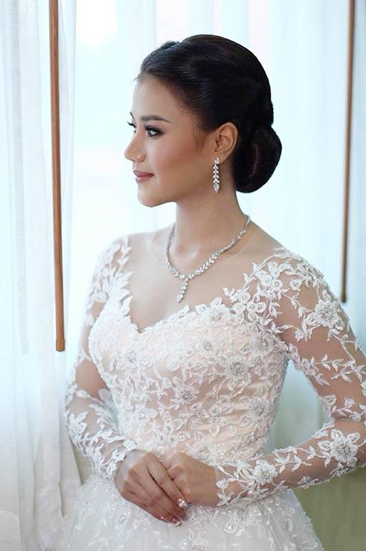 เครื่องประดับแบบไหนที่เหมาะกับชุดแต่งงานของคุณ