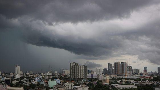 ไทยตอนบนร้อนตอนกลางวัน มีฝนฟ้าคะนองบางจุด ทำฝุ่นสะสมลดลง