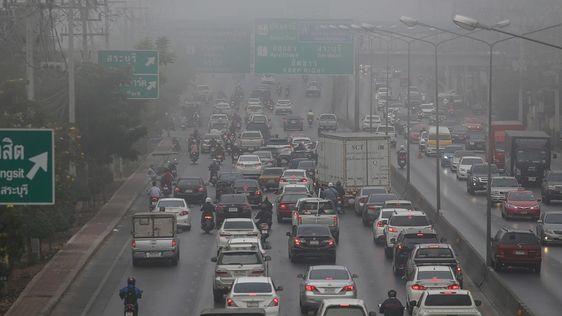 PM 2.5 ในกทม.เกินมาตรฐาน 8 เขต ภาคเหนือหมอกควันหนาตา ขอความร่วมมืองดเผา