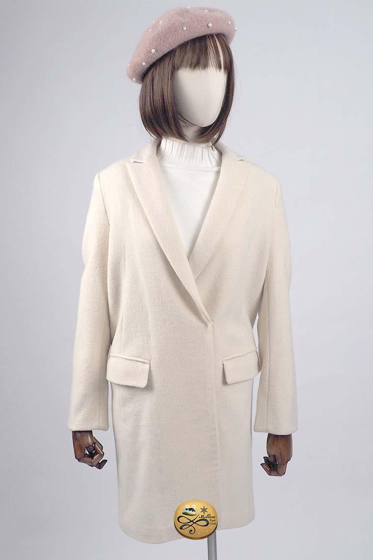 เช่าเสื้อโค้ทผู้หญิง รุ่น   Chantilly Lace Coat  904GCL198FAWHS1