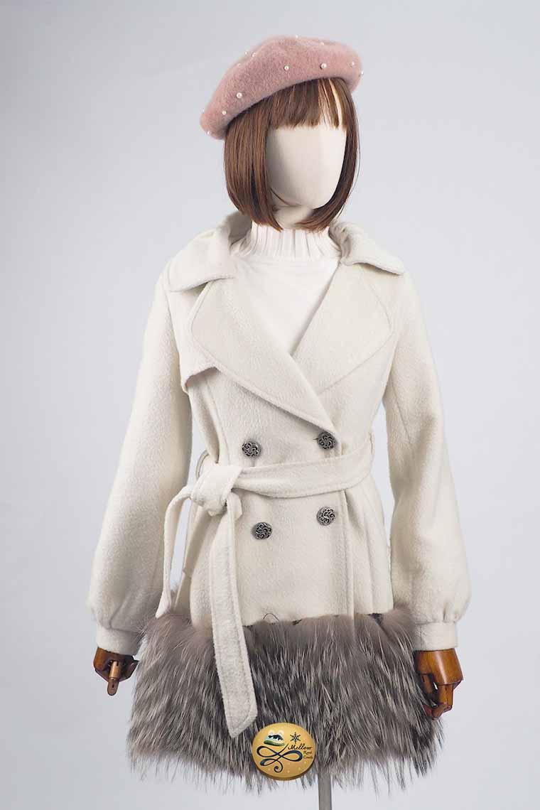 เช่าเสื้อโค้ทผู้หญิง รุ่น  Fur Eburnean Swing Double Breasted Coat  904GCF186FAWHS1