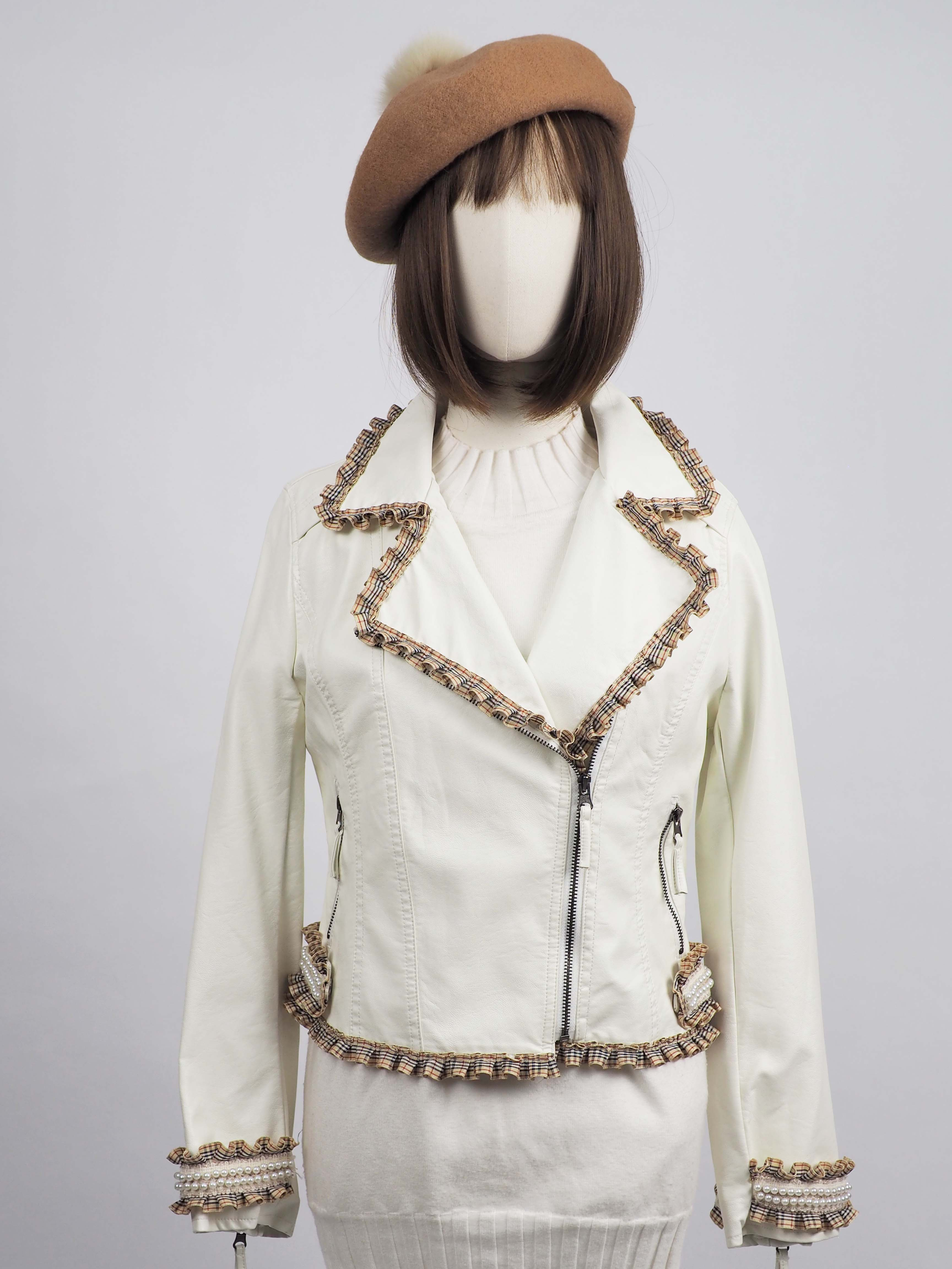 *** Limited Editon  เช่าแจ็คเก็ตหนัง   Chantilly Lace  Faux Leather Jacket	902GJP244FAWHS1