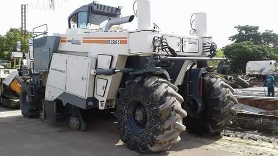 (ปิดการขาย)ส่งมอบรถกัดถนน WIRTGEN รุ่น WR2500S   ใช้ดี จริง รับประกันคุณภาพ