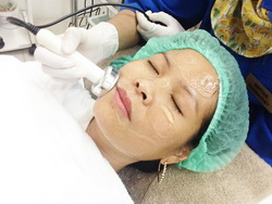 Phono and Collagen Mask with Refine Clinic
