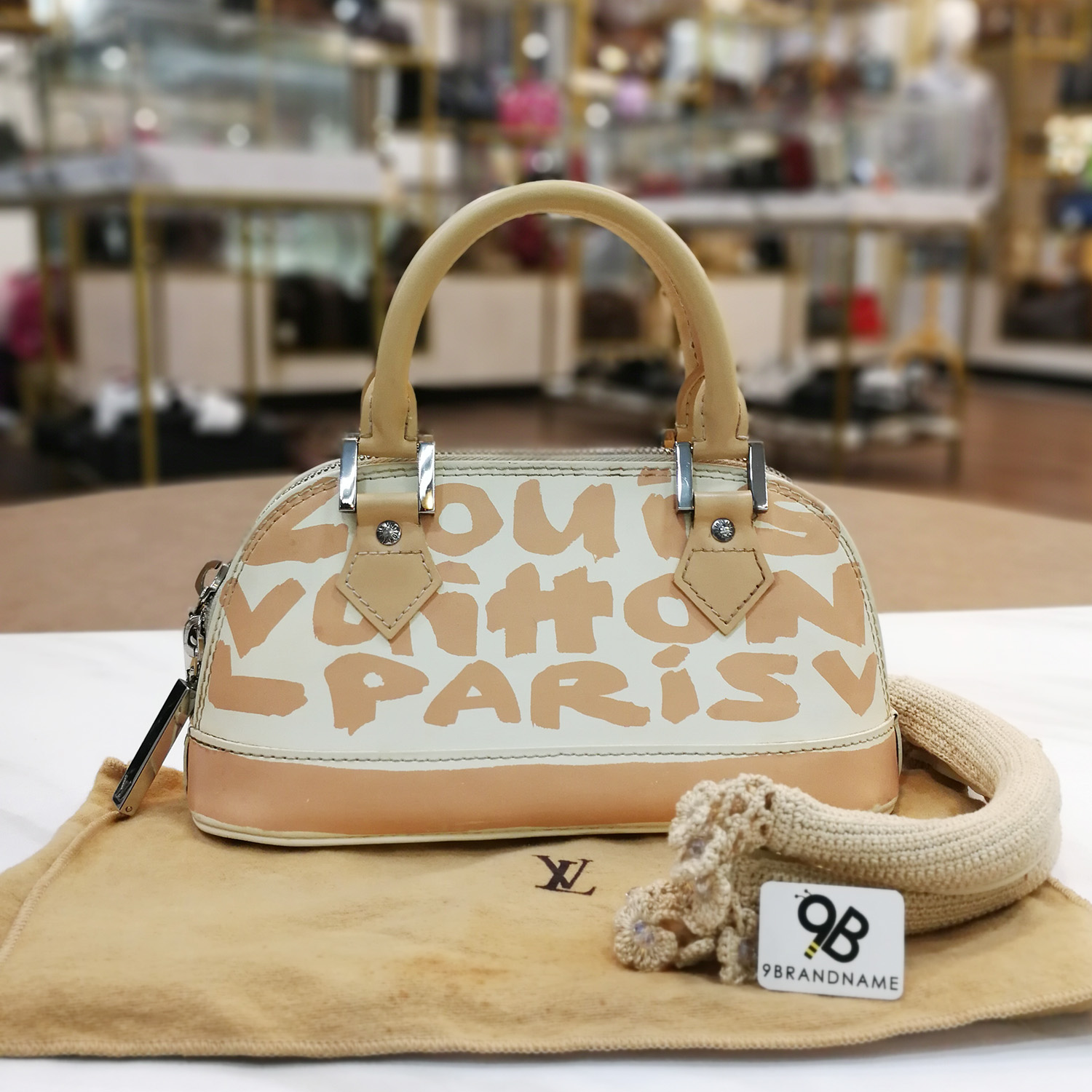 Used Louis Vuitton Bags >> Used Louis Vuitton Alma Pm Graffiti Beige White Limited Hand Bag M92178 Shw