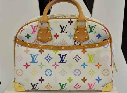Louis Vuitton Trouville Multicolour สีขาว ลุคคุณหนูค่ะ