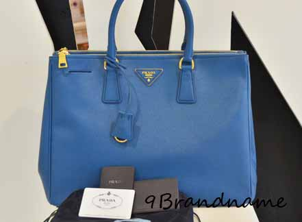 Prada Saffiano Tote Size 35 สี Cobalt BLue สดใสค่า ของใหม่นะคะ