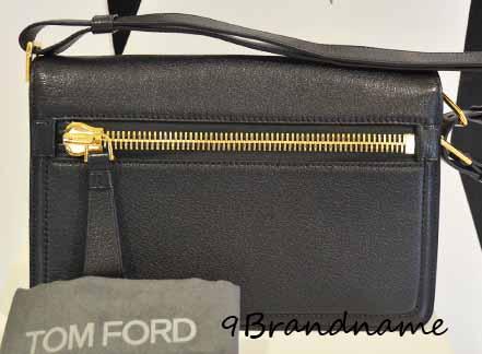 Tomford Shoulder Bag หนังสีดำ สไตล์ เรียบง่าย ของใหม่ค่า