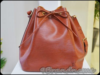 Louis Vuitton Noe EPI Brown PM กระเป๋าทรงขนมจีบ ลายไม้ สีน้ำตาล สวยตลอดกาลคา มือสอง สภาพดี