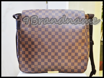 Louis Vuitton Bastlile Damiar  size MM