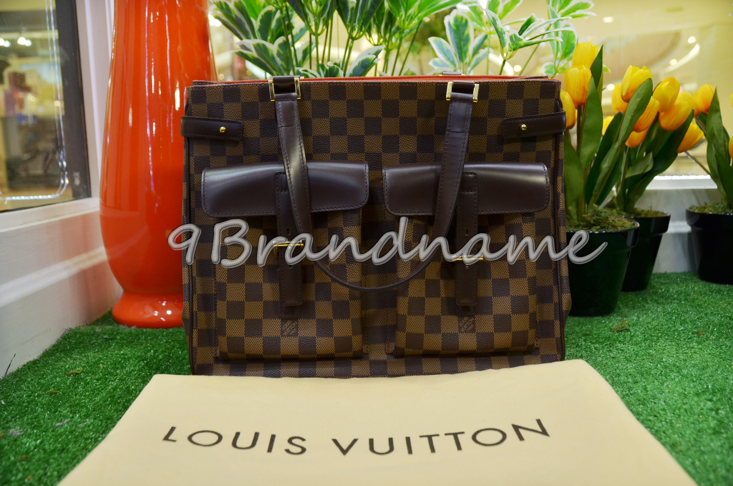 Louis Vuitton Uzes Damier MM