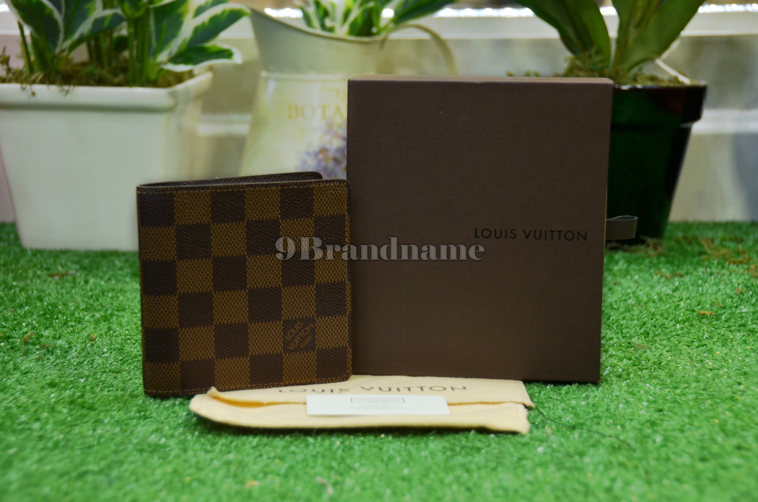 Louis Vuitton Multiple  Wallet Damier - Used Authentic Bag