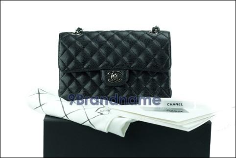 Chanel Classic 9 Black Cavier SHW - Used Authentic Bag  กระเป๋าชาแนลคลาสสิค ไซส์9สีดำหนังวัวปั้มลายคาเวียโซ่เงิน ของแท้มือสองสภาพใหม่ค่ะ