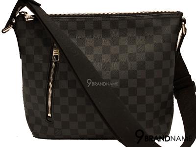 Louis Vuitton Mick Gaphite  - Authentic Bag กระเป๋าหลุยส์ มิกซ์ กาไฟท์ อะไหล่เงิน ซิปด้านบน ใช้งานสะดวก สายผ้าใหญ่ รุ่นใหม่ชนชอป เลยค่า ของแท้ สภาพดีค่ะ