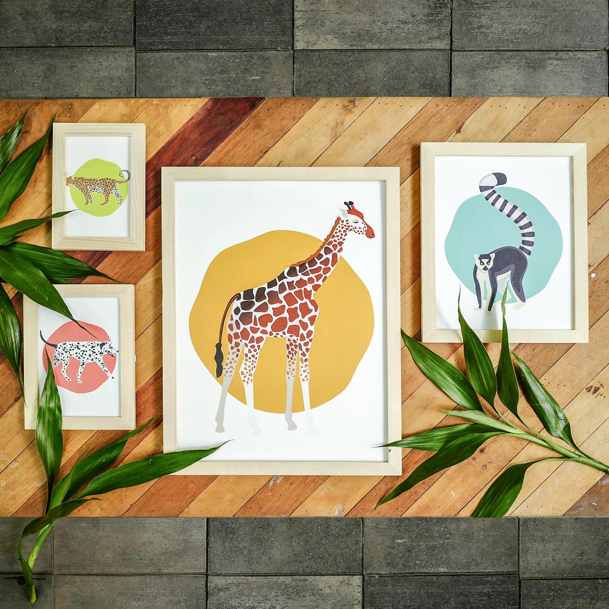 Natural Colour Wooden Frame with Photos - Ceramic(copy)