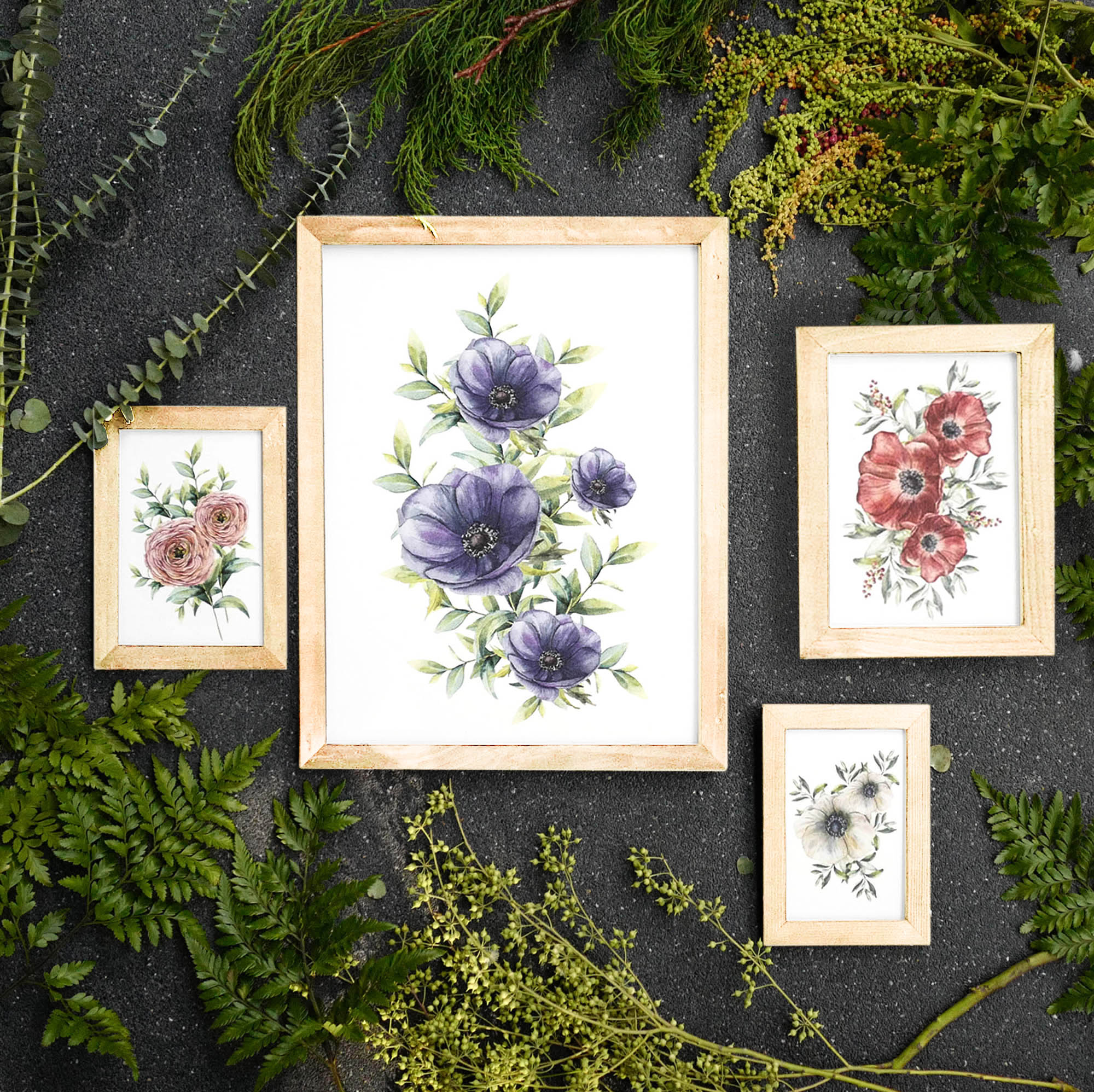 Natural Colour Wooden Frame with Photos - Flowers
