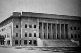 """ตึกศาลฎีกา อาคารประวัติศาสตร์ """"คณะราษฎร"""" ที่ระลึก """"เอกราชทางศาล"""" ของไทย"""