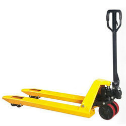 SC25 / SC30 HAND PALLET TRUCK WITH PU WHEELS