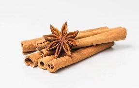 สมุนไพรแก้เจ็บคอ อบเชย (Cinnamon)