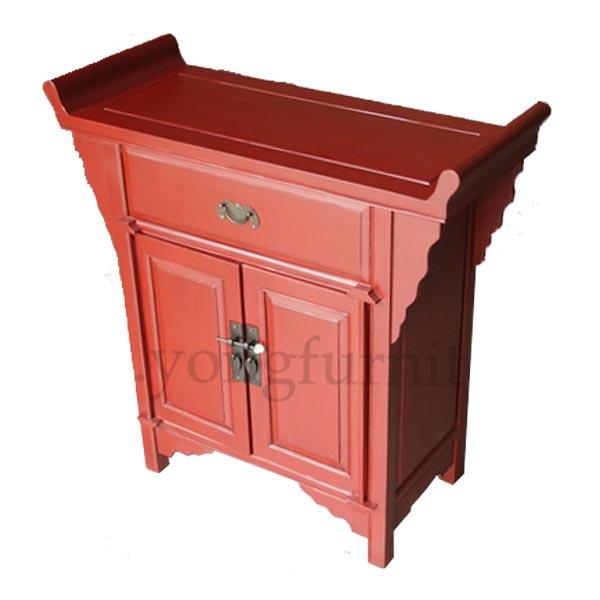 ตู้ไม้ปลายงอนสีแดงแต่งกลอนทองเหลืองแบบจีน 85 ซม.