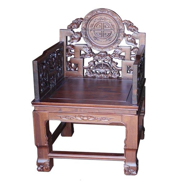 เก้าอี้ไม้มีเท้าแขนขนาดใหญ่แกะลายเหรียญจีน