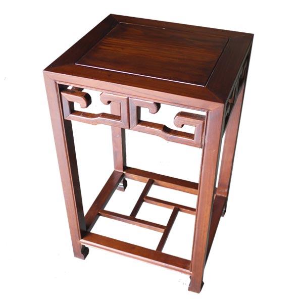 โต๊ะข้างไม้จริงแกะลายเหลี่ยมแบบจีน 50 ซม.