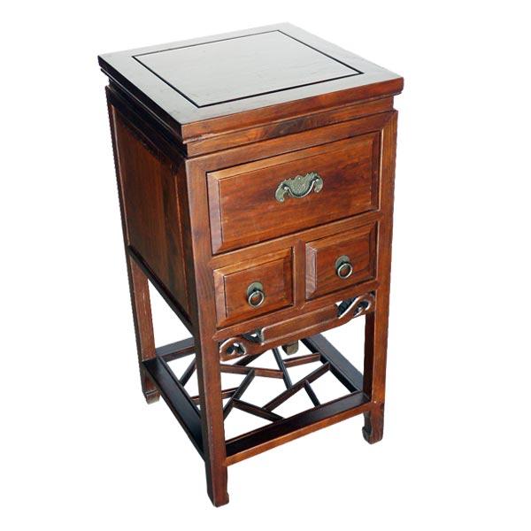 โต๊ะข้างไม้ 3 ลิ้นชักแกะลายสไตล์จีน 40 ซม.