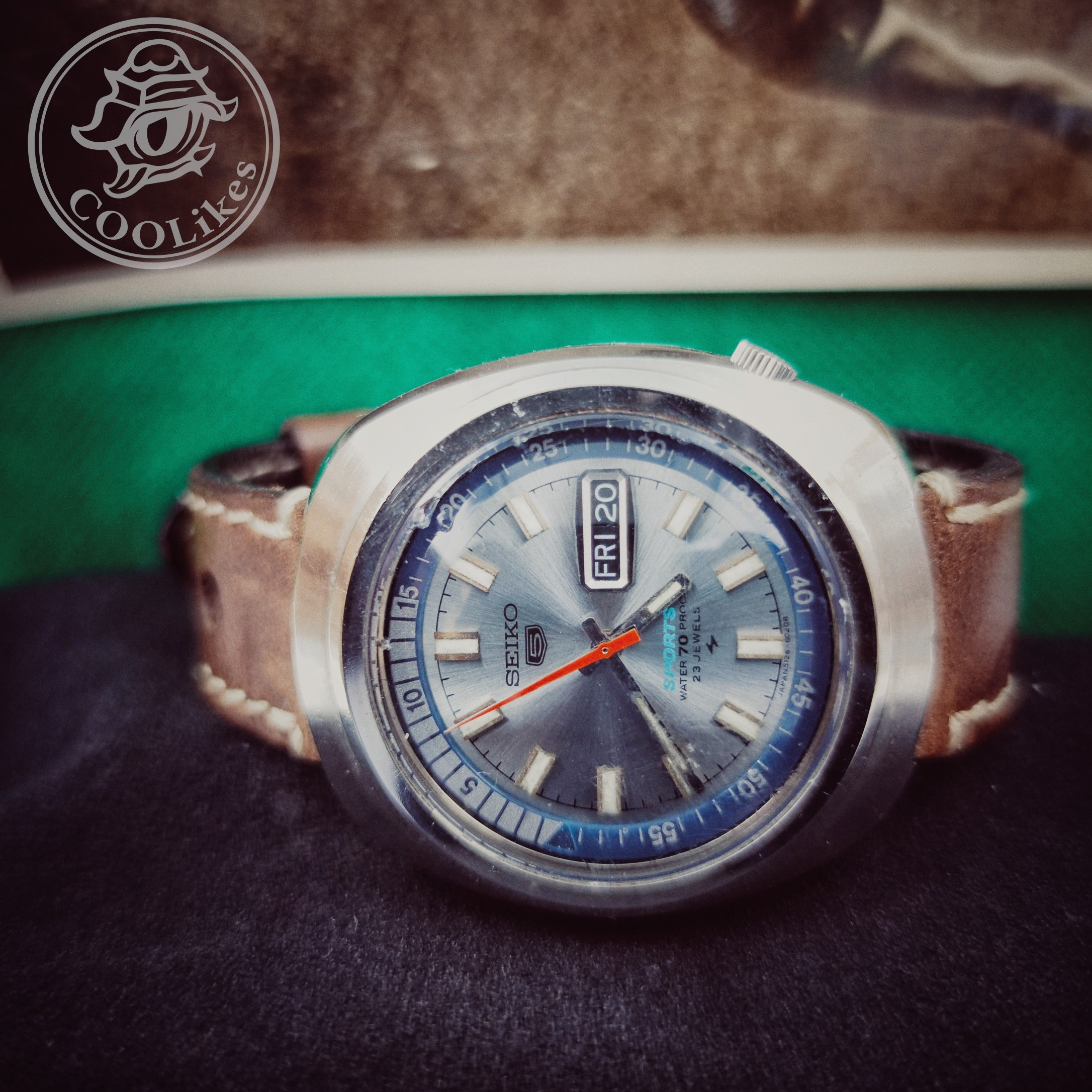 SEIKO 5 SPORTS (Vintage) WATER 70 PROOF (USED)