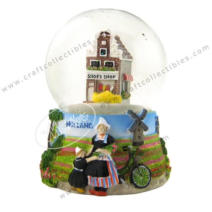 Holland Snowball