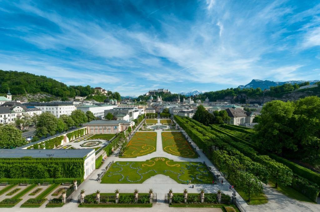 8 Day in Austria