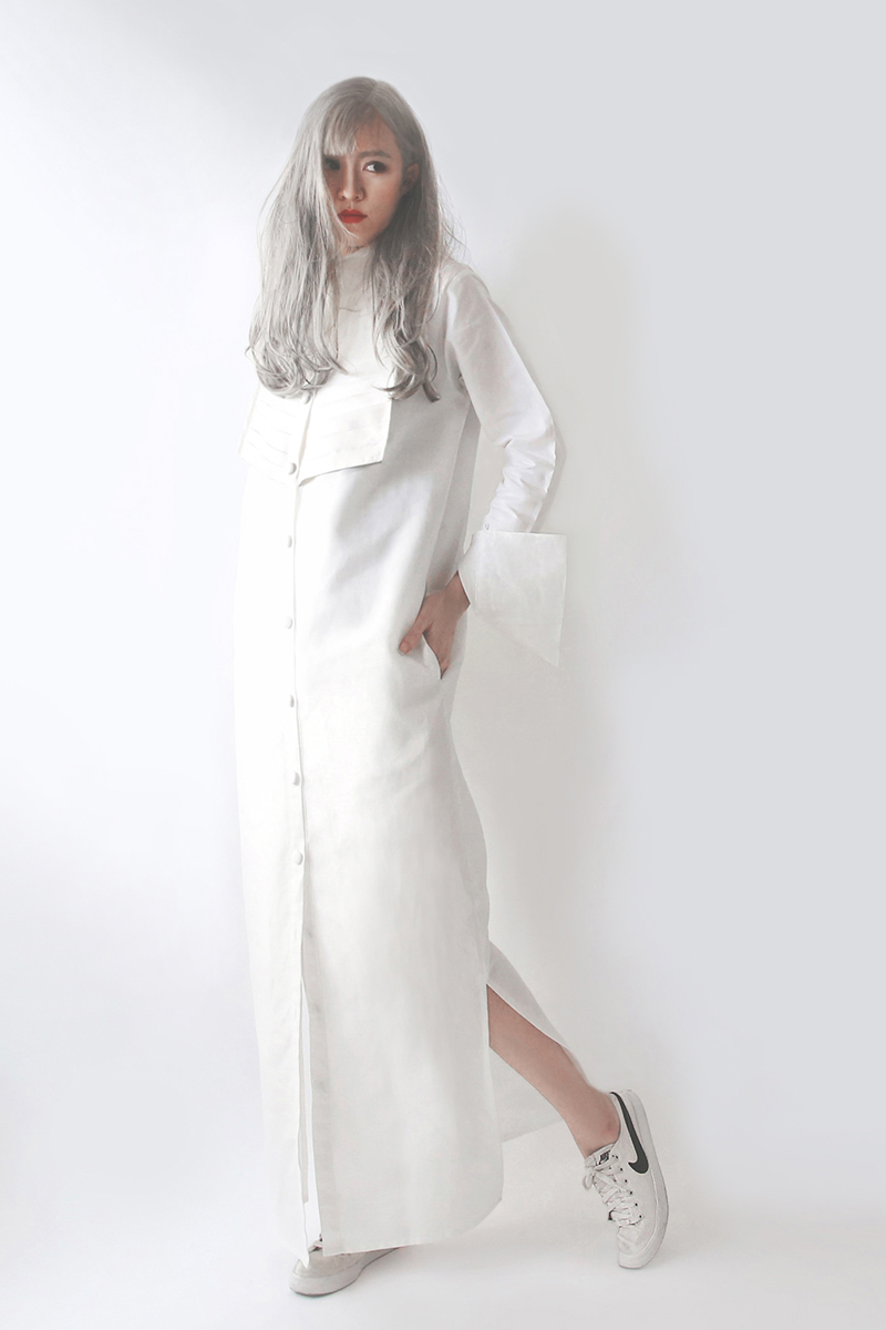 สตรีทแฟชั่น  White Nominal Victorian Maxi Dress by WLS