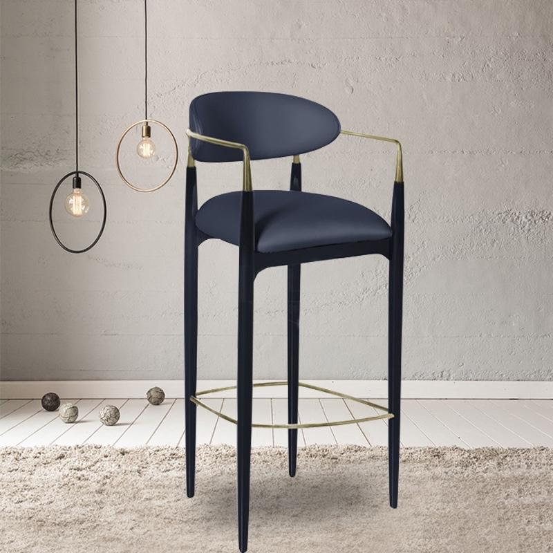 Bar stool no.1