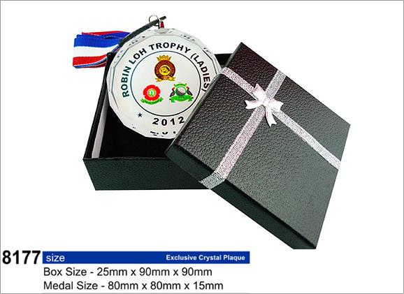 กล่องสำหรับ สำหรับ เหรียญโล่คริสตัล รหัส 8177