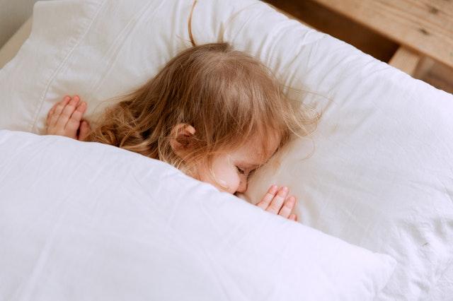 นอนกรนในเด็ก  เมื่อลูกรักอาจหยุดหายใจ