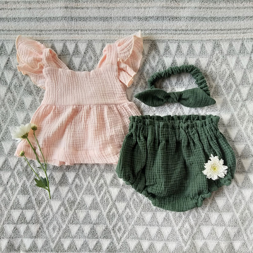TOPS FLUTTER SLEEVES BLOUSE ELASTIC BACK PEACH DUST COTTON CRINKLE 100%COTTON & BLOOMER RAIN FOREST GREEN COTTON CRINKLE 100%COTTON