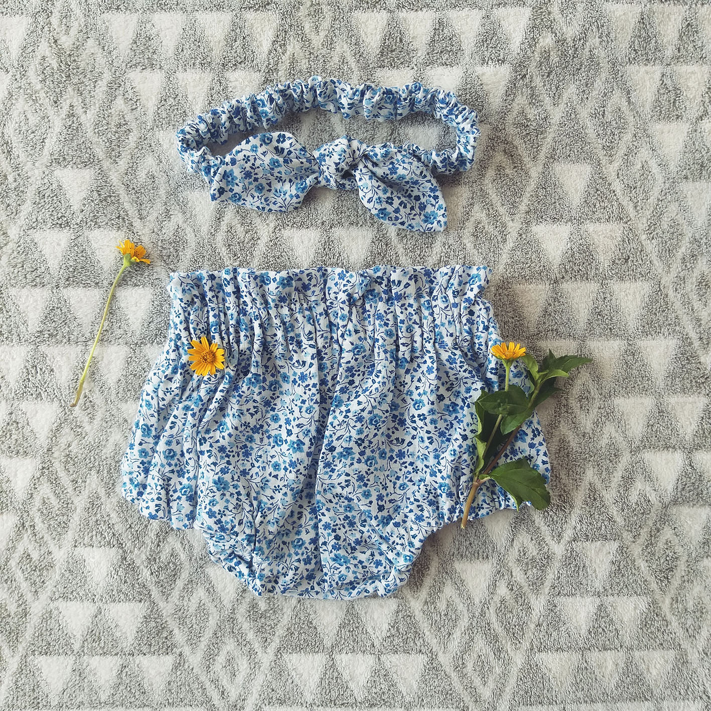 GIRLS ELASTIC WAISTBAND  BLOOMER 100% LINEN BLUE FLORA
